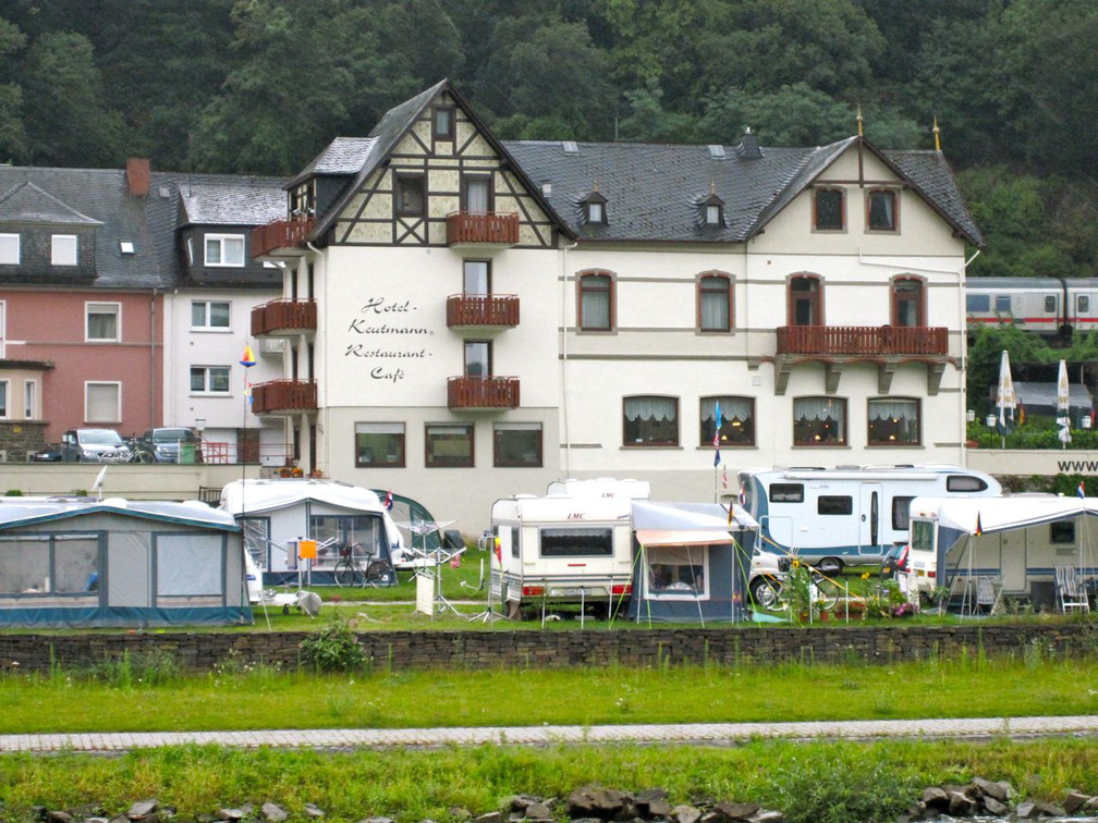 Campers along the Rhine